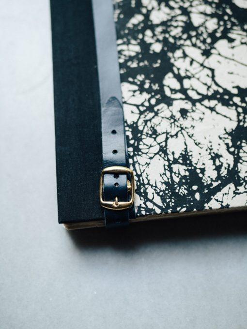 Album Pintura Bosque en negro 3
