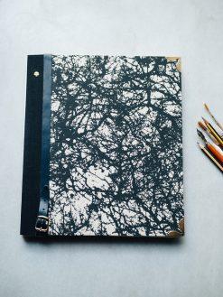 Album Pintura Bosque en negro 5