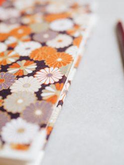 Cuaderno de sueños dalias oscuras y naranjas 6