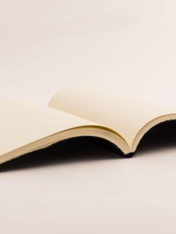 Cuaderno Piel negra Trenzada 6