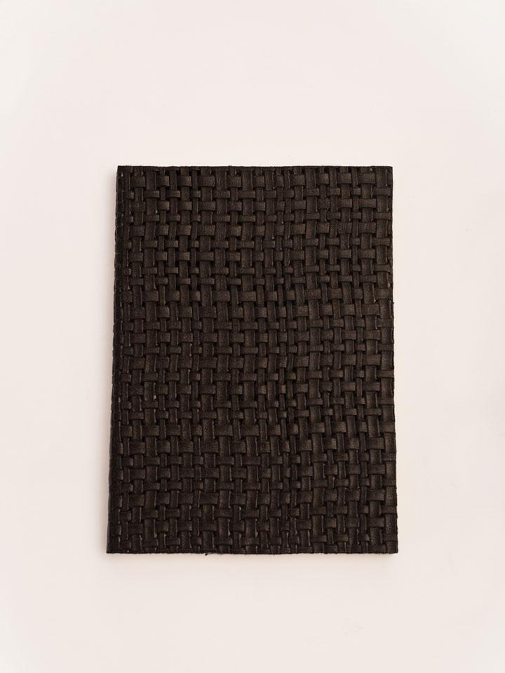 Cuaderno Piel negra Trenzada 1
