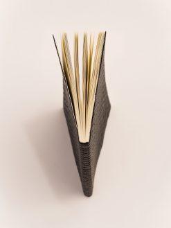 Cuaderno Piel negra Trenzada 8
