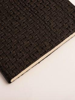 Cuaderno Piel negra Trenzada 7