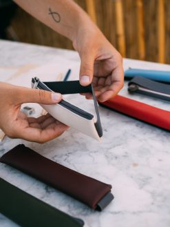 Papelería Artesana Portabolígrafos Personalizados