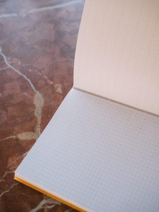 Cuadernillo interior cuadriculado 3